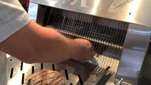 Хлеборезательная машина CRV EDM 006 с раздувом пакетов и смазкой ножей! 1500 шт/ч!